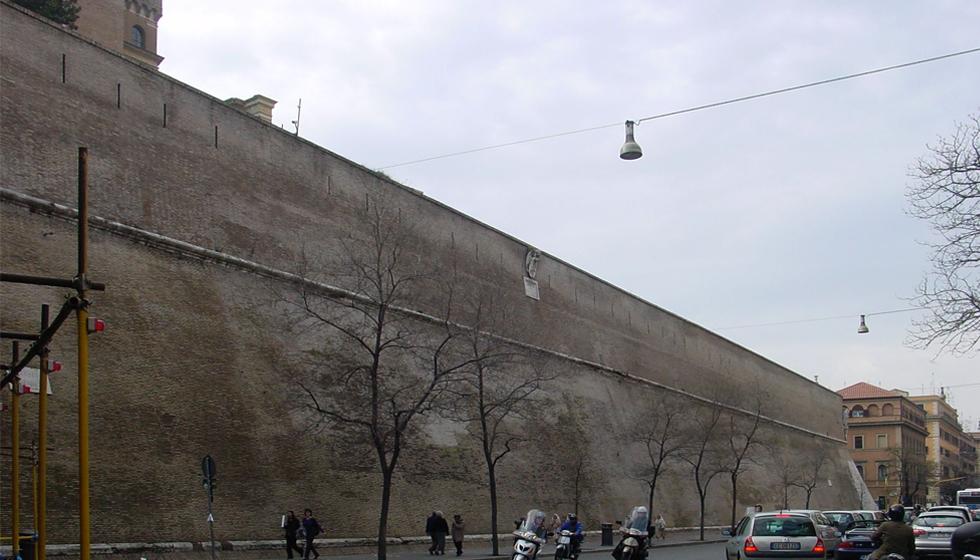 バチカン壁