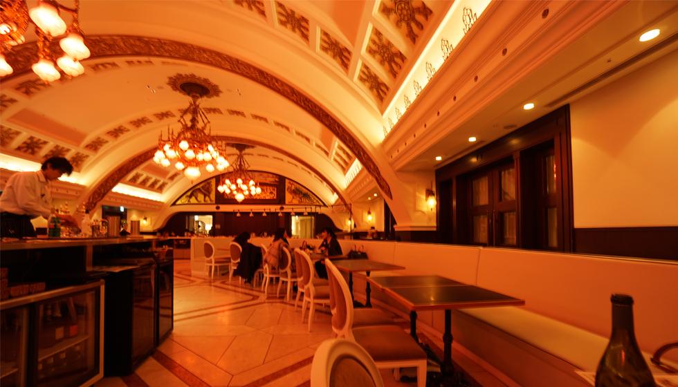 阪急うめだ店レストラン,建築家のレストラン