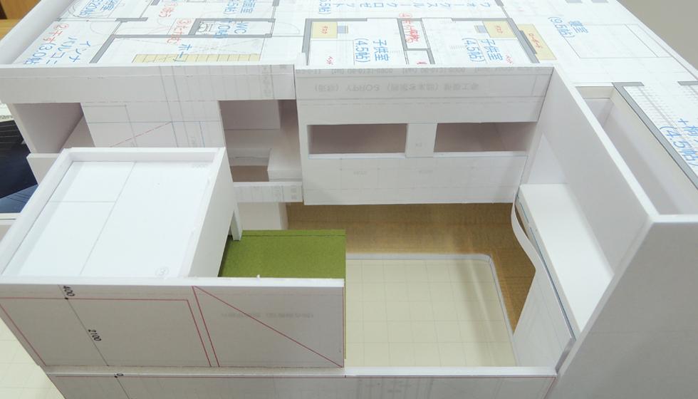 模型製作中_大東の家