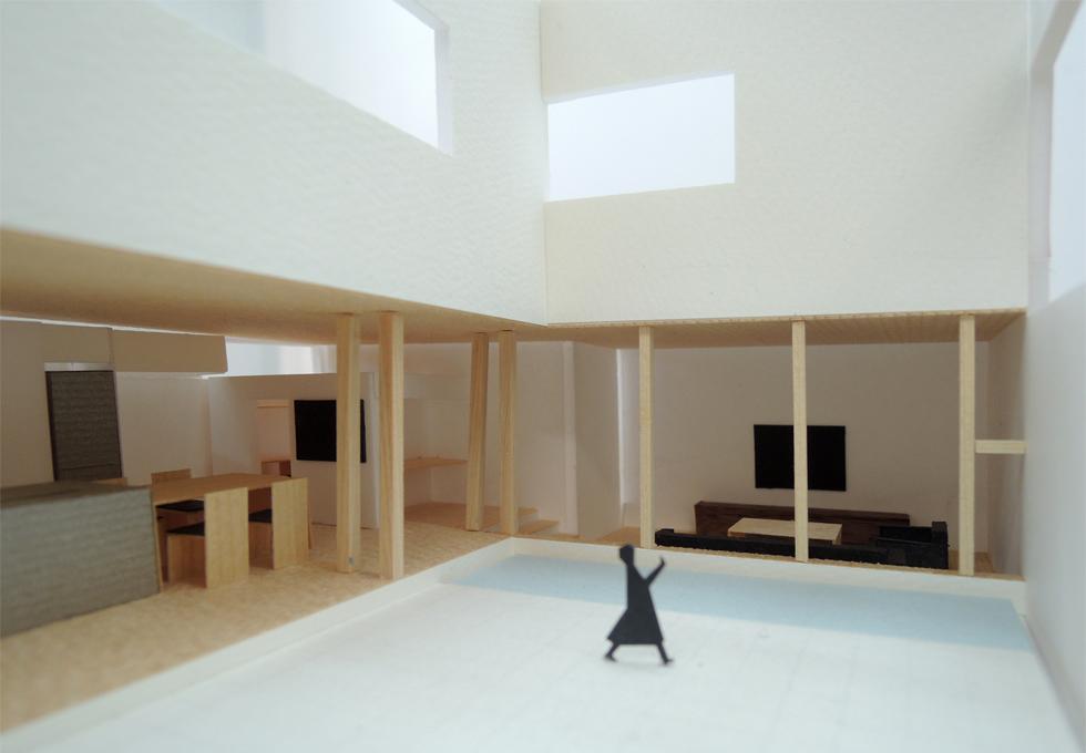 水盤,ガレージハウス,コートハウス,中庭,ガラス張り,住宅,家,住宅設計,建築家,設計事務所,大阪,