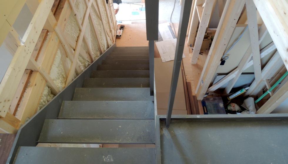 鉄骨階段納まり