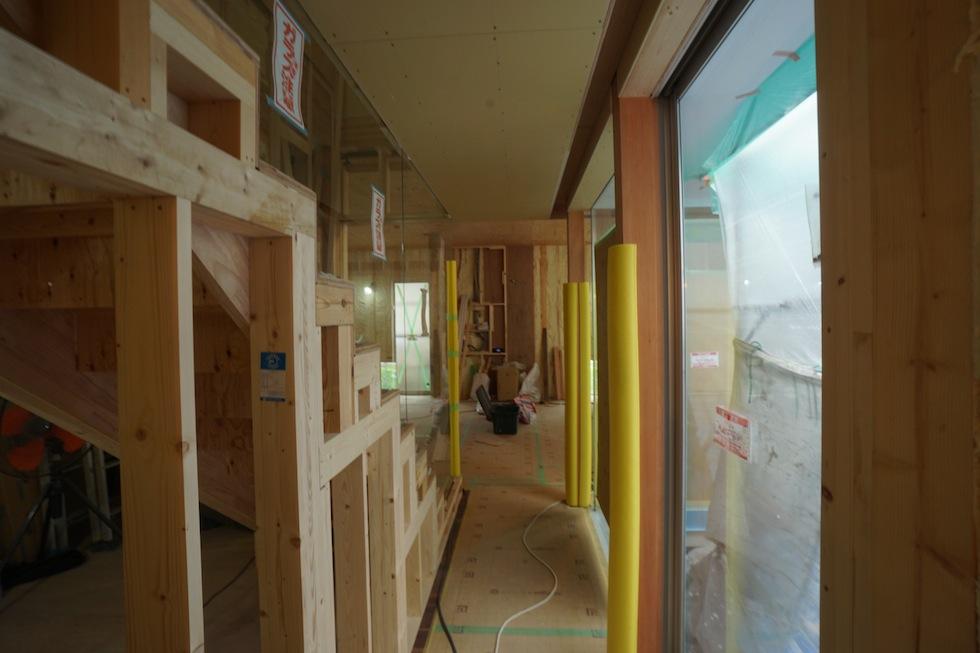 階段ホール,ギャラリー住宅設計,大阪,階段のガラスパーティション