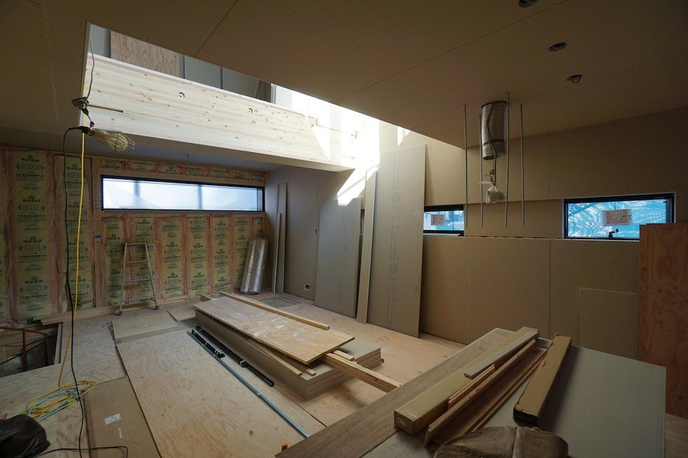 大阪,京都,神戸,高級注文住宅,木造3階建て,デザイン,リビング,スチールサッシ