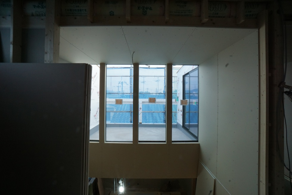 建築家,設計事務所,住宅設計,高級注文住宅,木造三階建て,デザイン,吹抜,太陽を取り込む