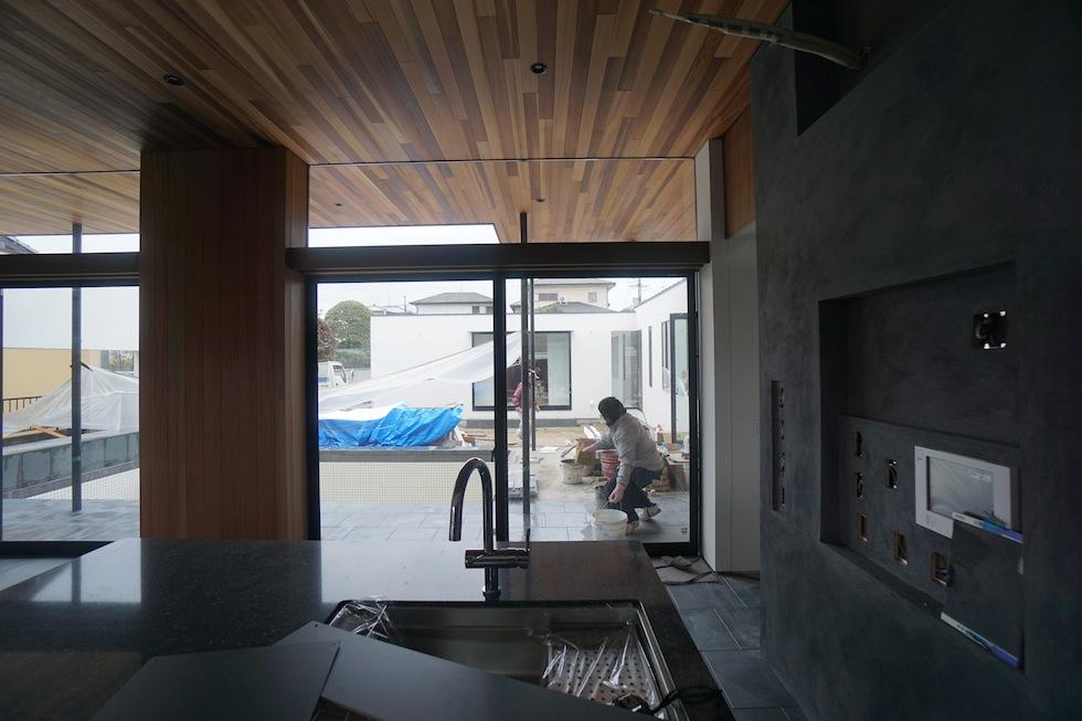 プールハウス,中庭の家,リゾートハウス,大阪,京都,神戸,建築家,設計事務所,住宅設計,石,板貼り,インテリアデザイン,塗装壁