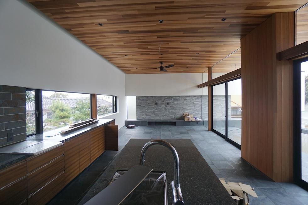 プールハウス,中庭の家,リゾートハウス,大阪,京都,神戸,建築家,設計事務所,住宅設計,石,板貼り,インテリアデザイン