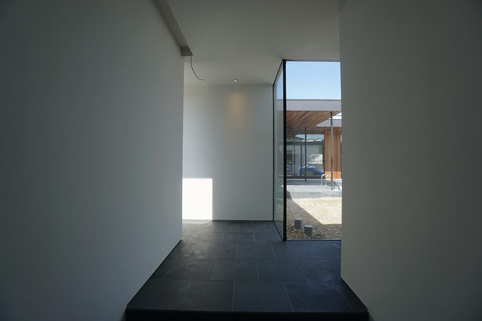プールハウス,大阪,神戸,京都,設計事務所,建築家,住宅設計,高級注文住宅,和泉市,エントランス
