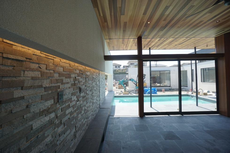 大阪,プールハウス,高級注文住宅,設計事務所,建築家,京都,神戸,石リビング