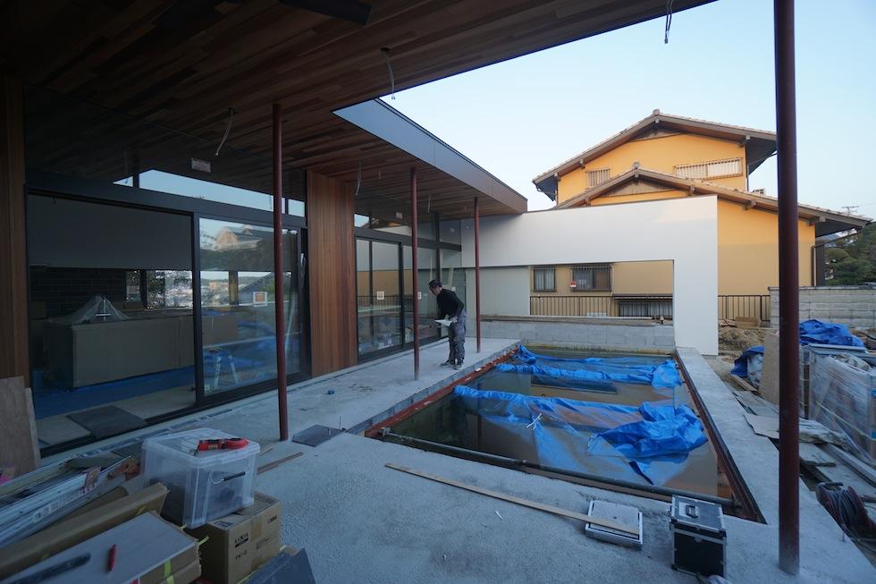 大阪,京都,神戸,高級注文住宅,設計事務所,建築家,プールハウス,中庭の家,プールサイドテラス