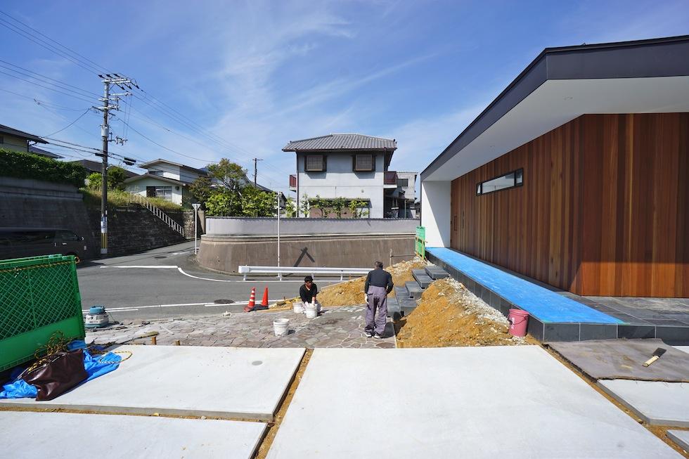 リゾートプールハウス,住宅設計,建築家,高級注文住宅,大阪,神戸,京都,洗面室,ラグジュアリー,見せるカーポート