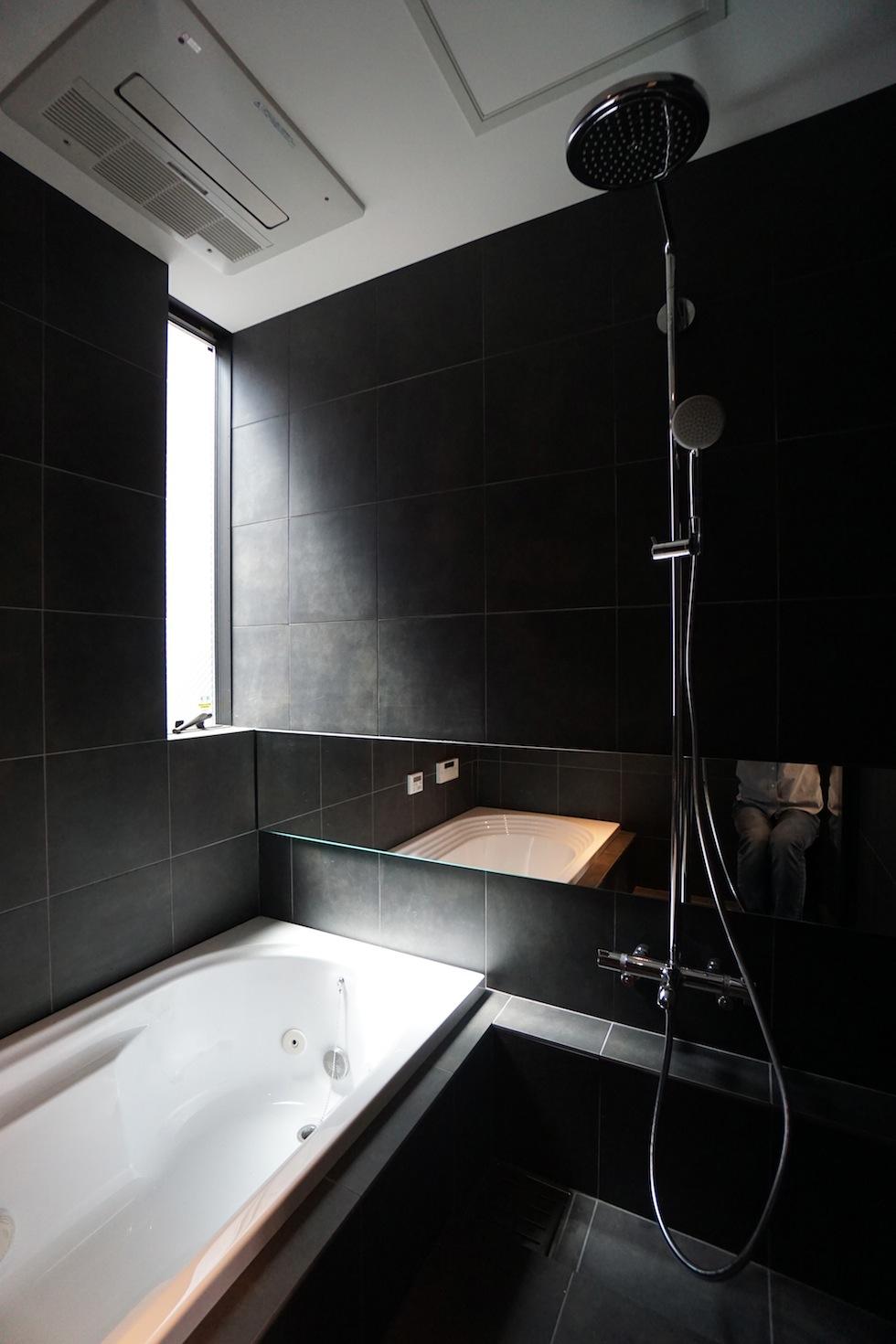高級注文住宅,設計事務所,建築家,大阪,京都,神戸,3階建てデザイン,リビング,グランピングテラス,在来浴室デザイン