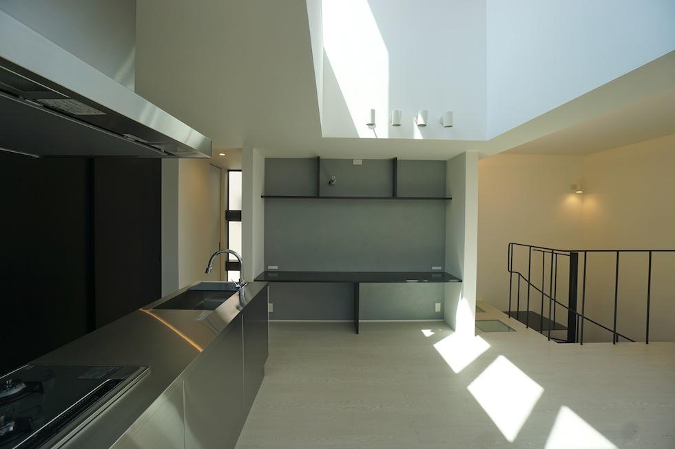 高級注文住宅,設計事務所,建築家,大阪,京都,神戸,3階建てデザイン,リビング,グランピングテラス,太陽を取り込む