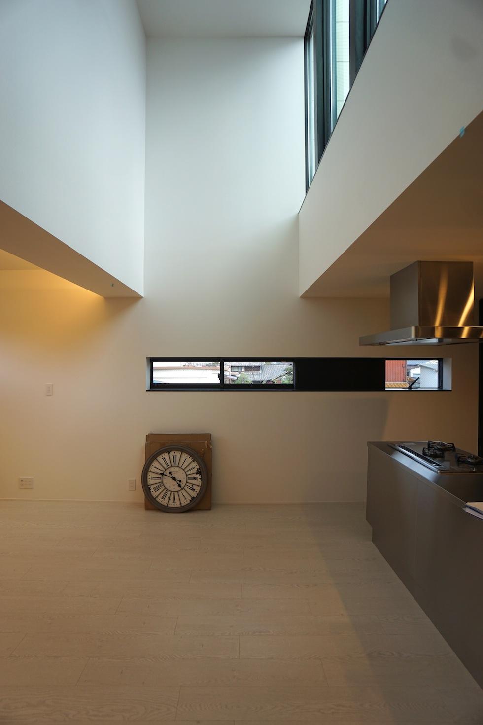 高級注文住宅,設計設計事務所,建築家,デザイン,3階建て住宅,コートハウス,吹き抜け