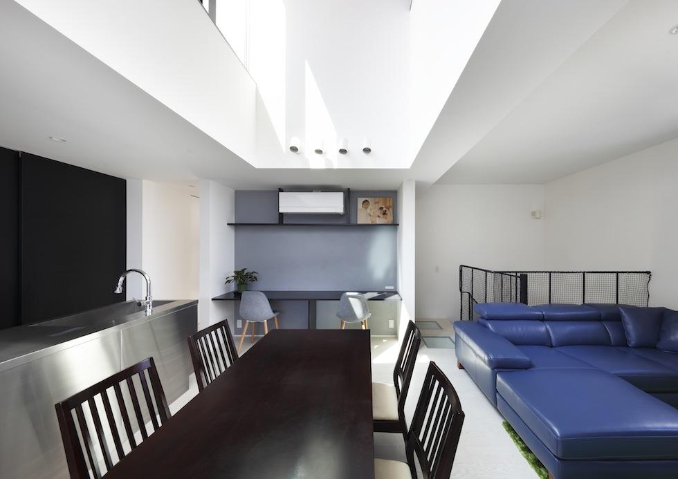 大阪,四條畷,建築家,設計事務所,住宅設計,高級注文住宅,木造3階建てデザイン,螺旋階段,外観デザイン,ラグジュアリー