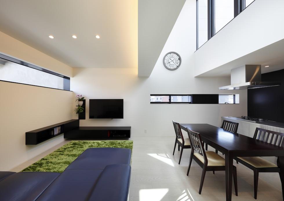 大阪,四條畷,建築家,設計事務所,住宅設計,高級注文住宅,木造3階建てデザイン,螺旋階段,外観デザイン,京都