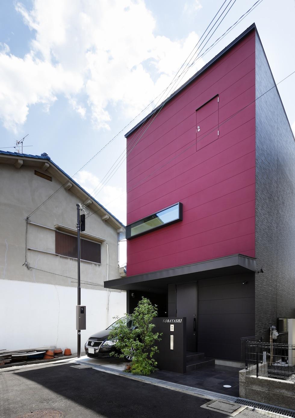 大阪,四條畷,建築家,設計事務所,住宅設計,高級注文住宅,木造3階建てデザイン,螺旋階段,外観デザイン,神戸
