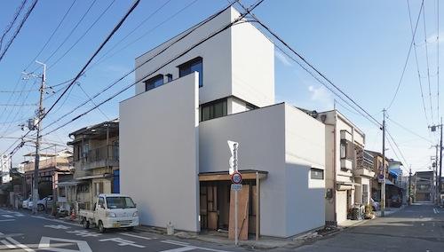 建築家,大阪,設計事務所,高槻,高級注文住宅,店舗付き住宅,ヘアサロン,木造3階建てデザイン,外観 2