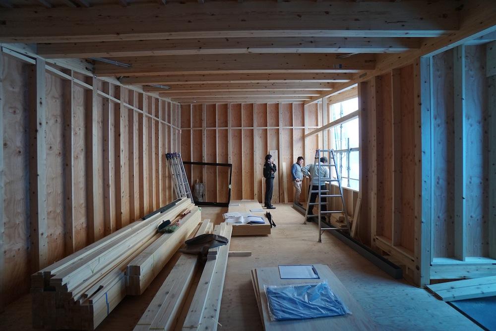建築家,大阪,神戸,京都,吹田,高級注文住宅設計,スキップフロア,2階建て,眺望の窓