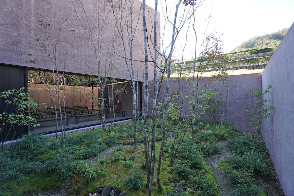 猪名川霊園,建築探訪,設計事務所,建築家,高級注文住宅設計