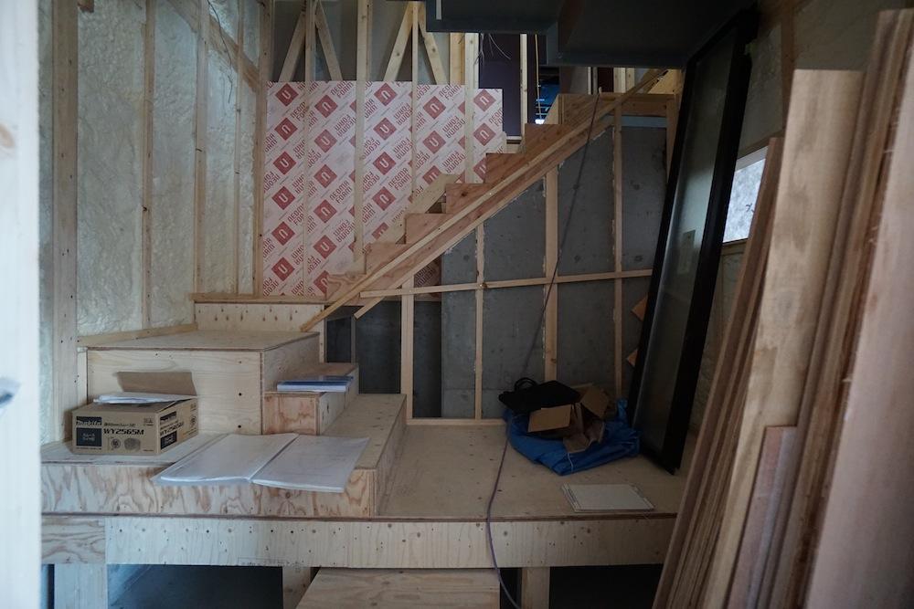 大阪,神戸,京都,設計事務所,建築家,高級注文住宅設計,スキップフロア,階段デザイン,吹田