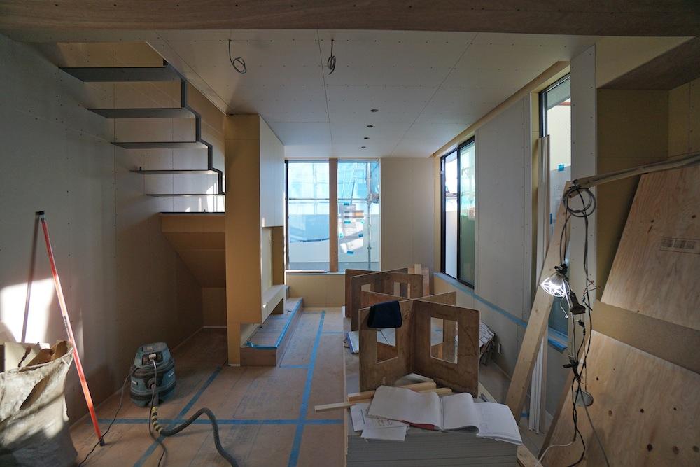 大阪,高槻,建築家,設計事務所,高級注文住宅,店舗付き住宅,へアサロン,美容室,3階建てデザイン,テラスコート