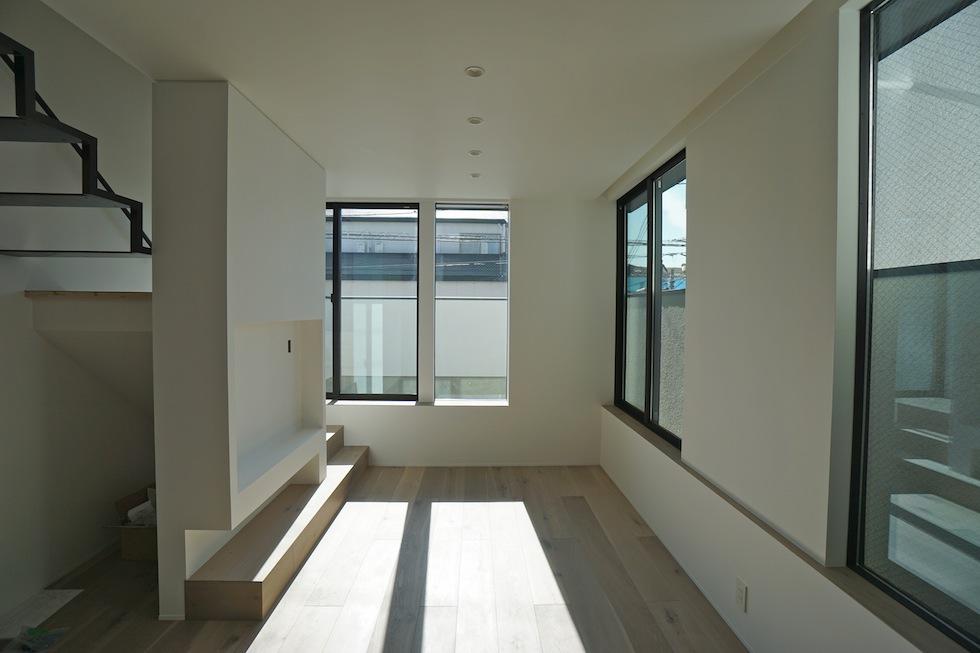 建築家,大阪,設計事務所,高槻,高級注文住宅,店舗付き住宅,ヘアサロン,木造3階建てデザイン,リビング