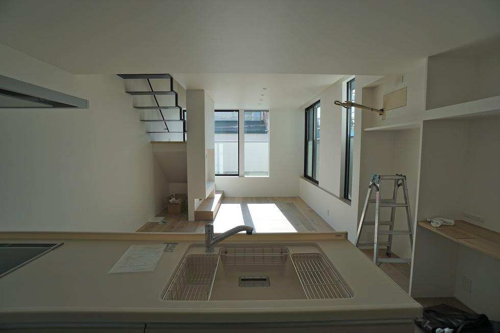 建築家,大阪,設計事務所,高槻,高級注文住宅,店舗付き住宅,ヘアサロン,木造3階建てデザイン,リビング2