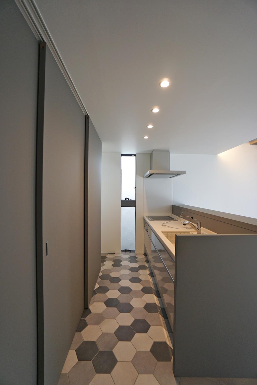 キッチンデザイン,3階建てデザイン,建築家,大阪,神戸,京都,高槻,高級注文住宅設計