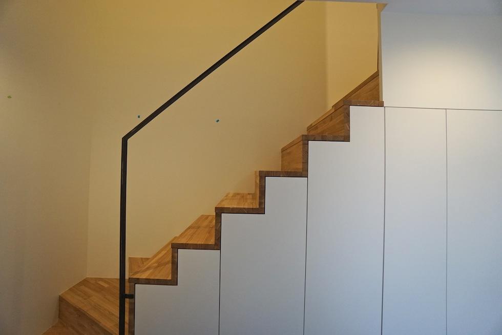 階段収納,デザイン,3階建てデザイン,建築家,大阪,神戸,京都,高槻,高級注文住宅設計