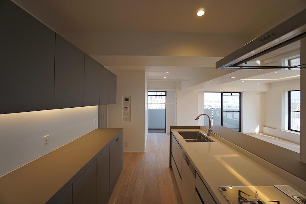 建築家,大阪,神戸,高級注文住宅,設計事務所,リゾート,間接照明,リビング,キッチン