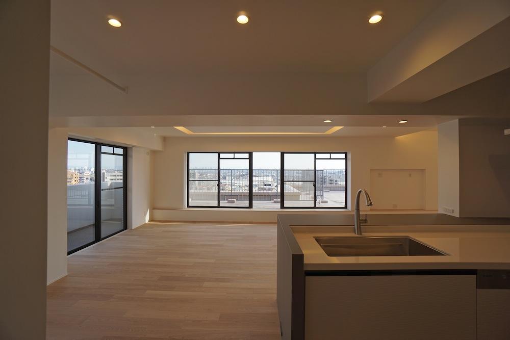 建築家,大阪,神戸,高級注文住宅,設計事務所,リゾート,間接照明,リビング,大開口