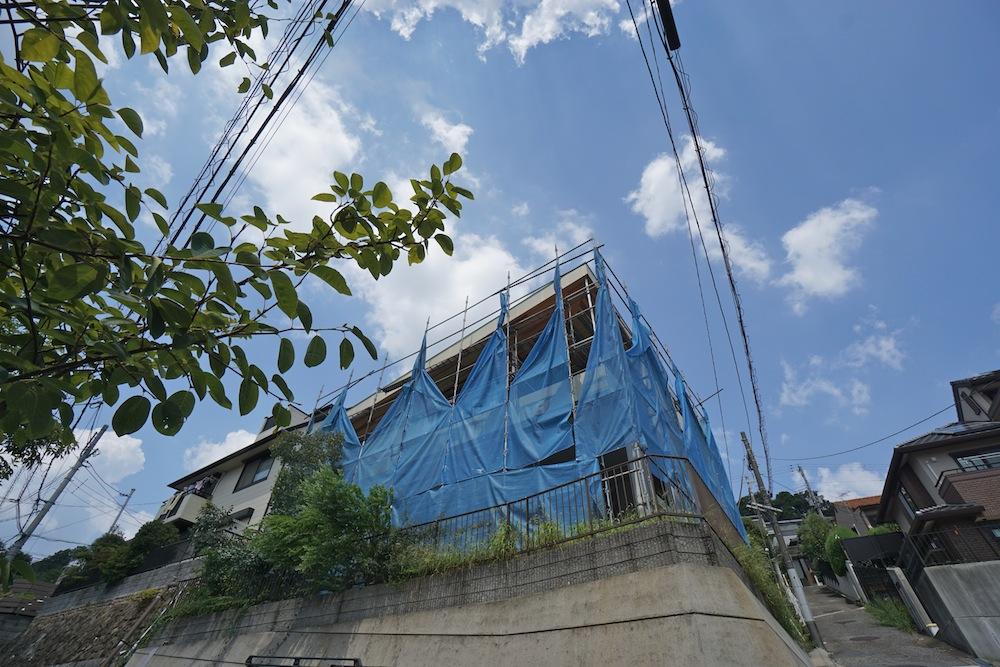 建築家,設計事務所,大阪,宝塚,高級注文住宅設計,眺望の家,雲雀丘,擁壁