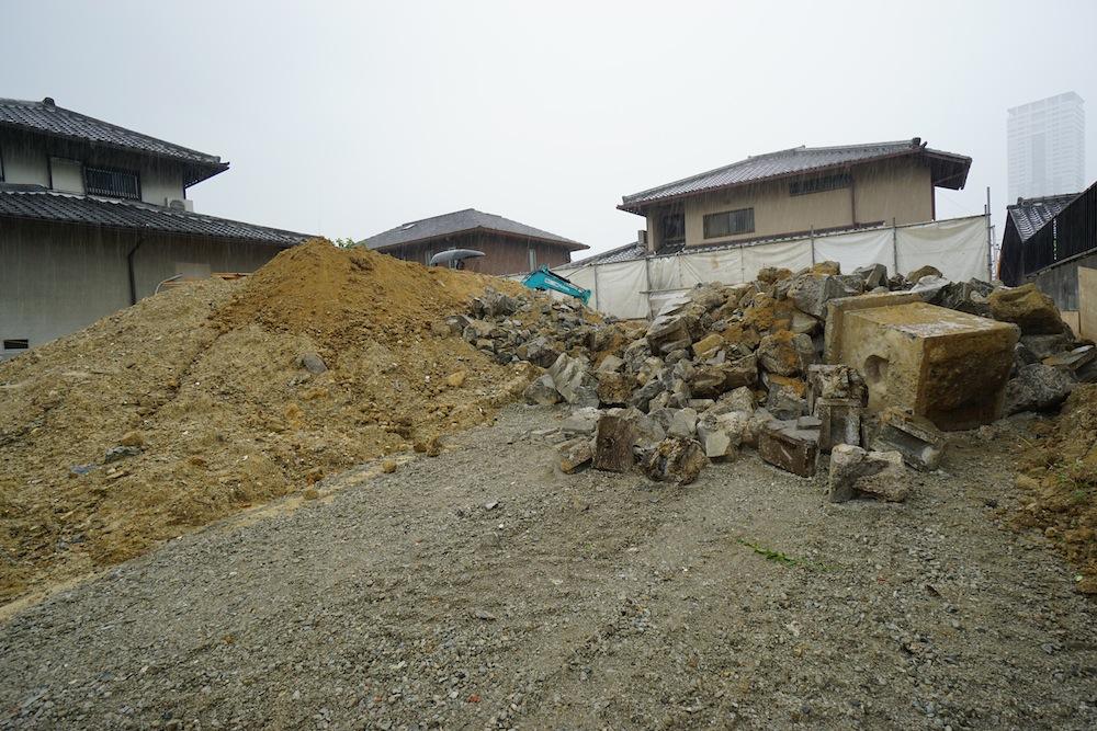 擁壁工事,サッカーグラウンドのある家,大阪,豊中市,高級注文住宅設計,建築家,掘削工事