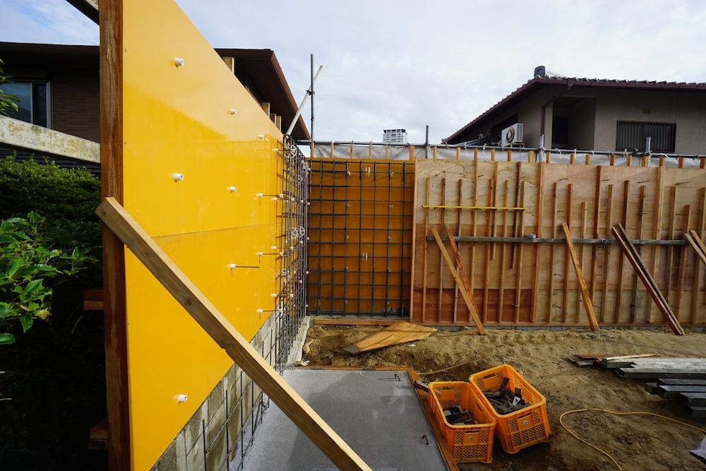 コンクリート塀,サッカーグラウンドのある家,建築家,大阪,神戸,高級注文住宅