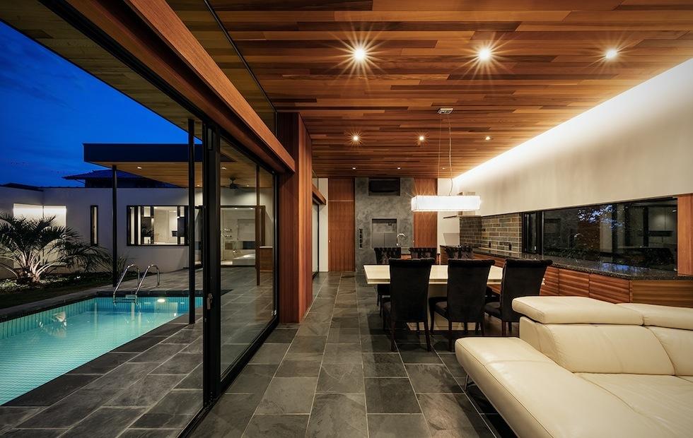 プールハウス,建築家,大阪,神戸,京都,高級注文住宅設計,ラグジュアリー,コートハウス,ダイニング