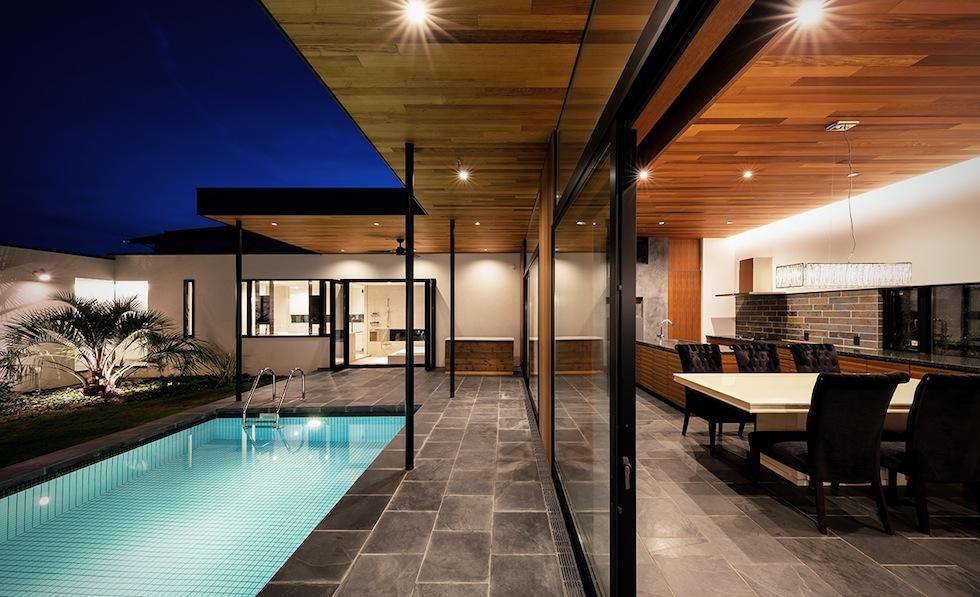 プールハウス,建築家,大阪,神戸,京都,高級注文住宅設計,ラグジュアリー,コートハウス,テラス