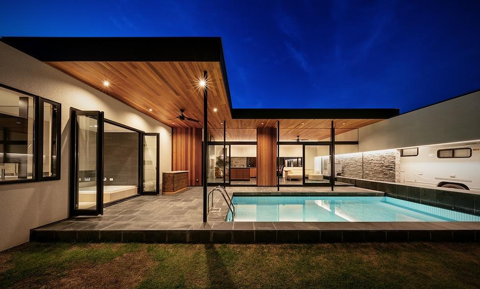 プールハウス,建築家,大阪,神戸,京都,高級注文住宅設計,ラグジュアリー,コートハウス,外観夜景2