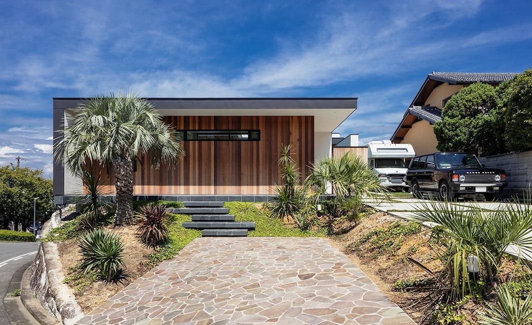 プールハウス,建築家,大阪,神戸,京都,高級注文住宅設計,ラグジュアリー,コートハウス,外観