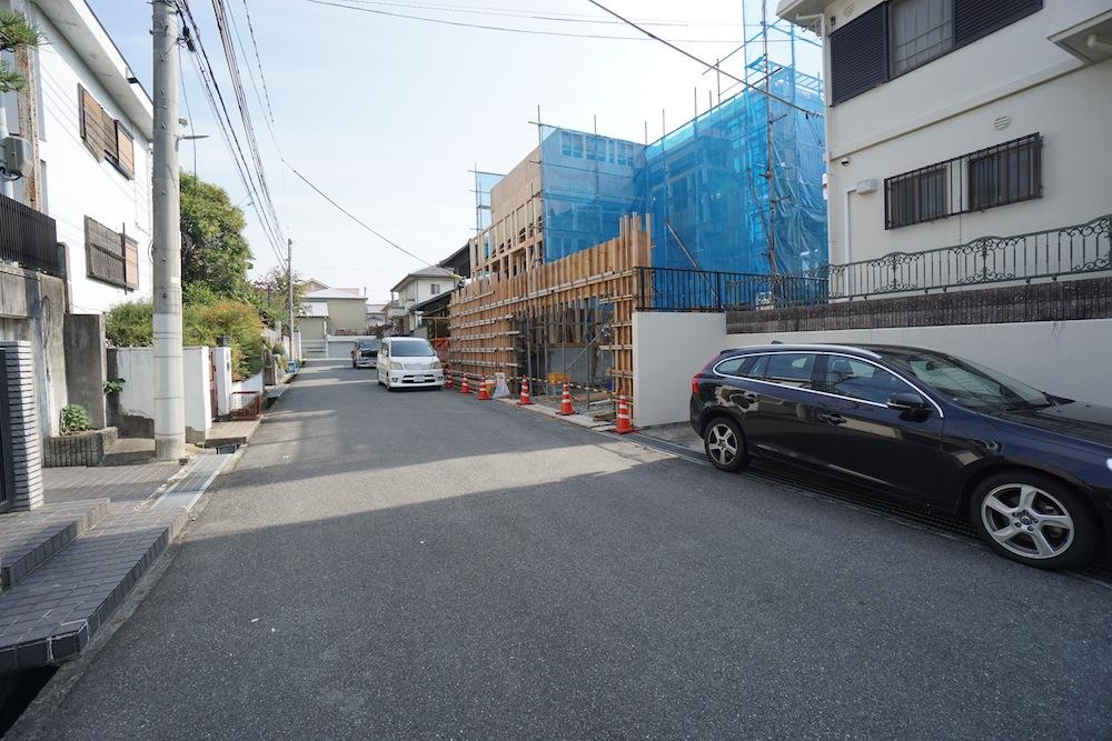 ルーフィング,建築家,高級注文住宅設計,大阪,神戸,京都,サッカーグラウンドのある家,北摂,豊中,吹田,ファサード