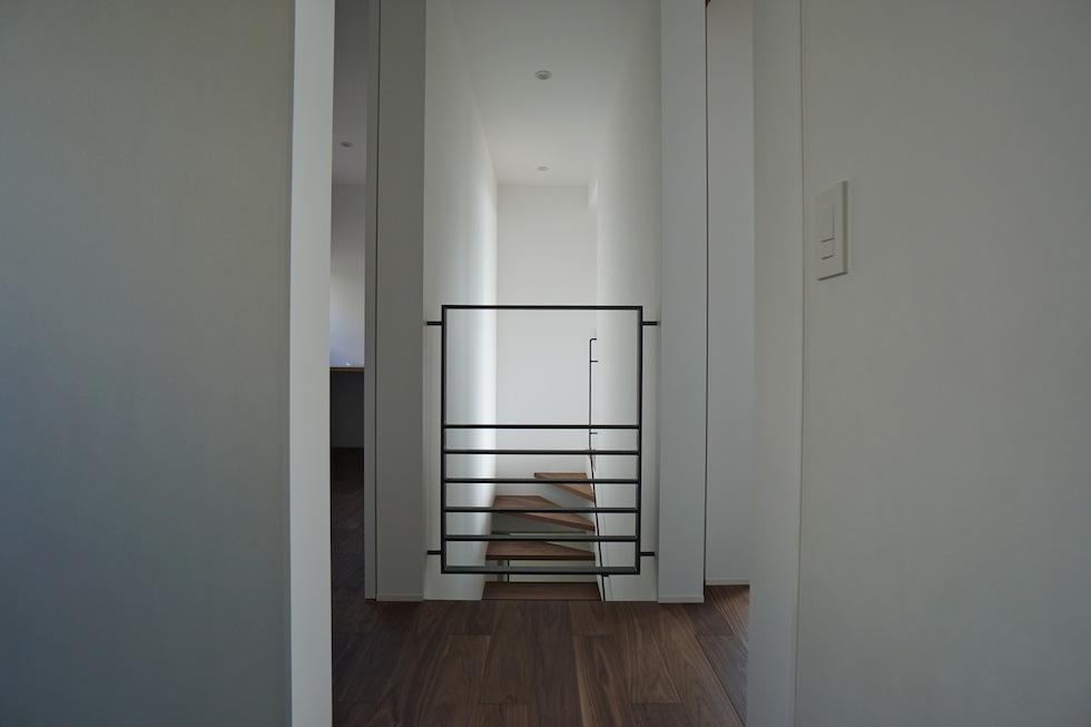 建築家,大阪,設計事務所,高級注文住宅設計,宝塚,眺望の家,スチール手摺
