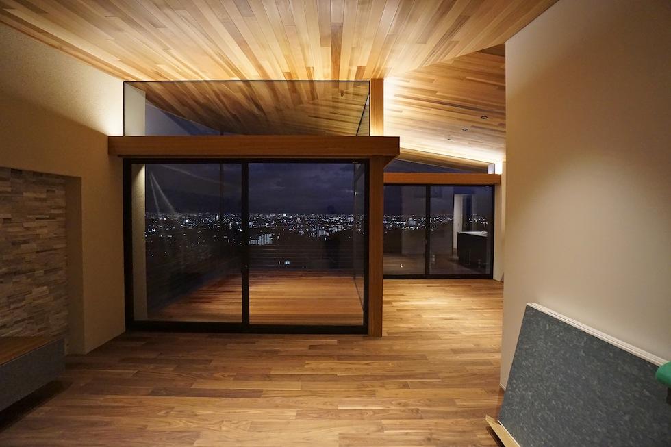 眺望の家,大阪,宝塚,ビュ−ハウス,建築家,高級注文住宅設計,眺めの良い家