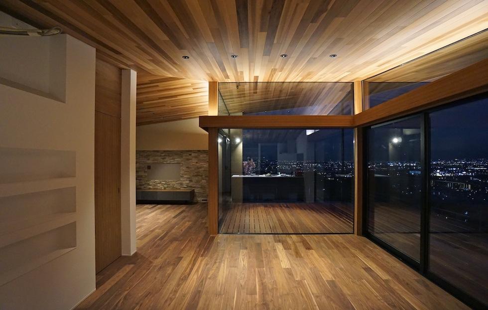 眺望の家,大阪,宝塚,ビュ−ハウス,建築家,高級注文住宅設計,眺める家