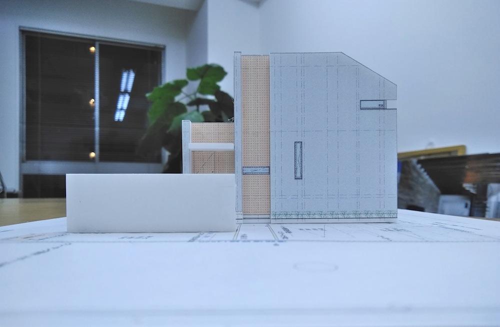 建築家,北摂,豊中,中庭リゾートの家,リビング,高級注文住宅設計,おおきな窓