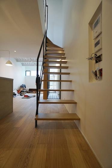 建築家,設計事務所,高級注文住宅設計,大阪,神戸,京都,リノベーション,リフォーム,スチール階段,リビング