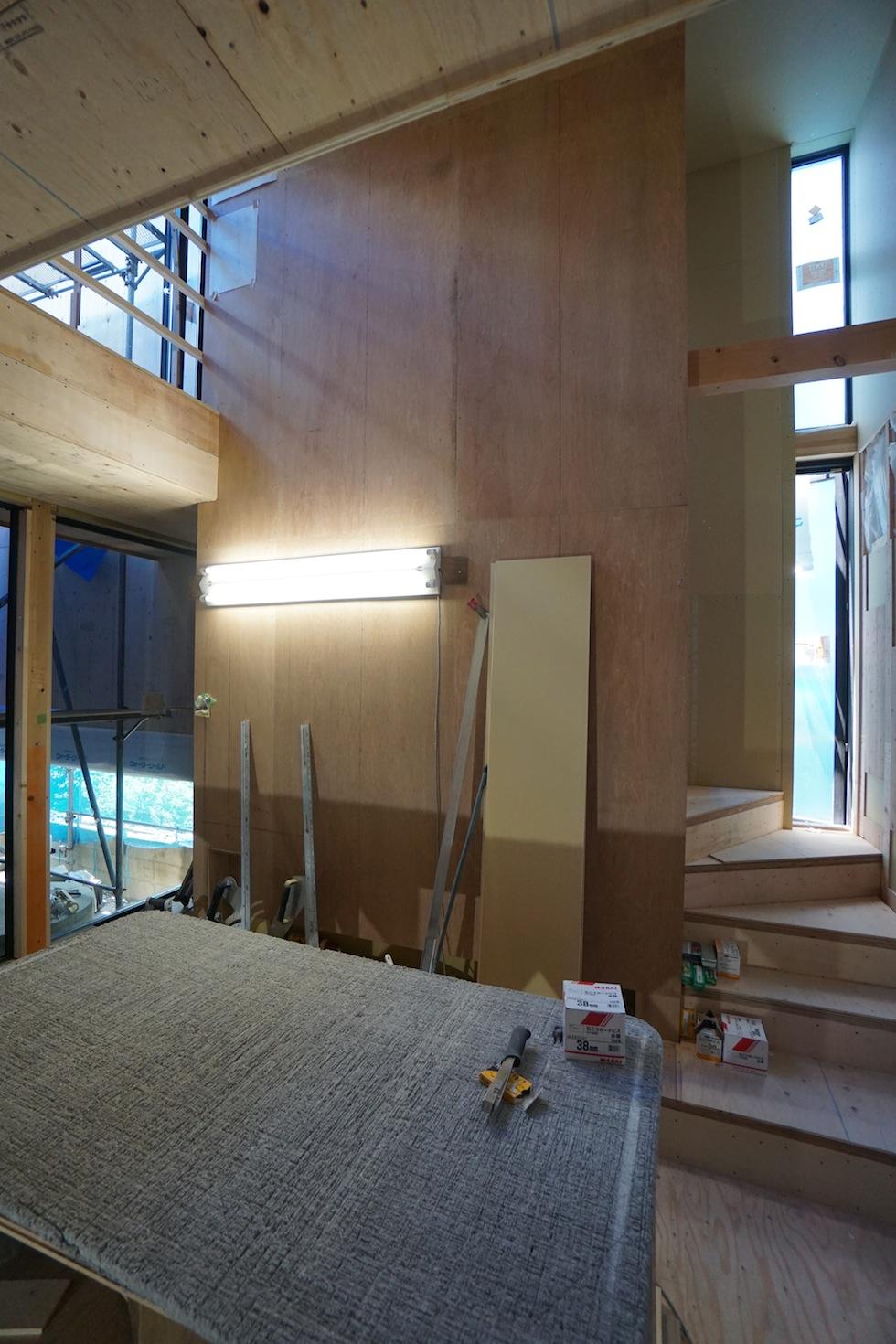 リゾートコートハウス,大阪,豊中,建築家,設計事務所,エントランス,高級注文住宅設計,吹き抜け