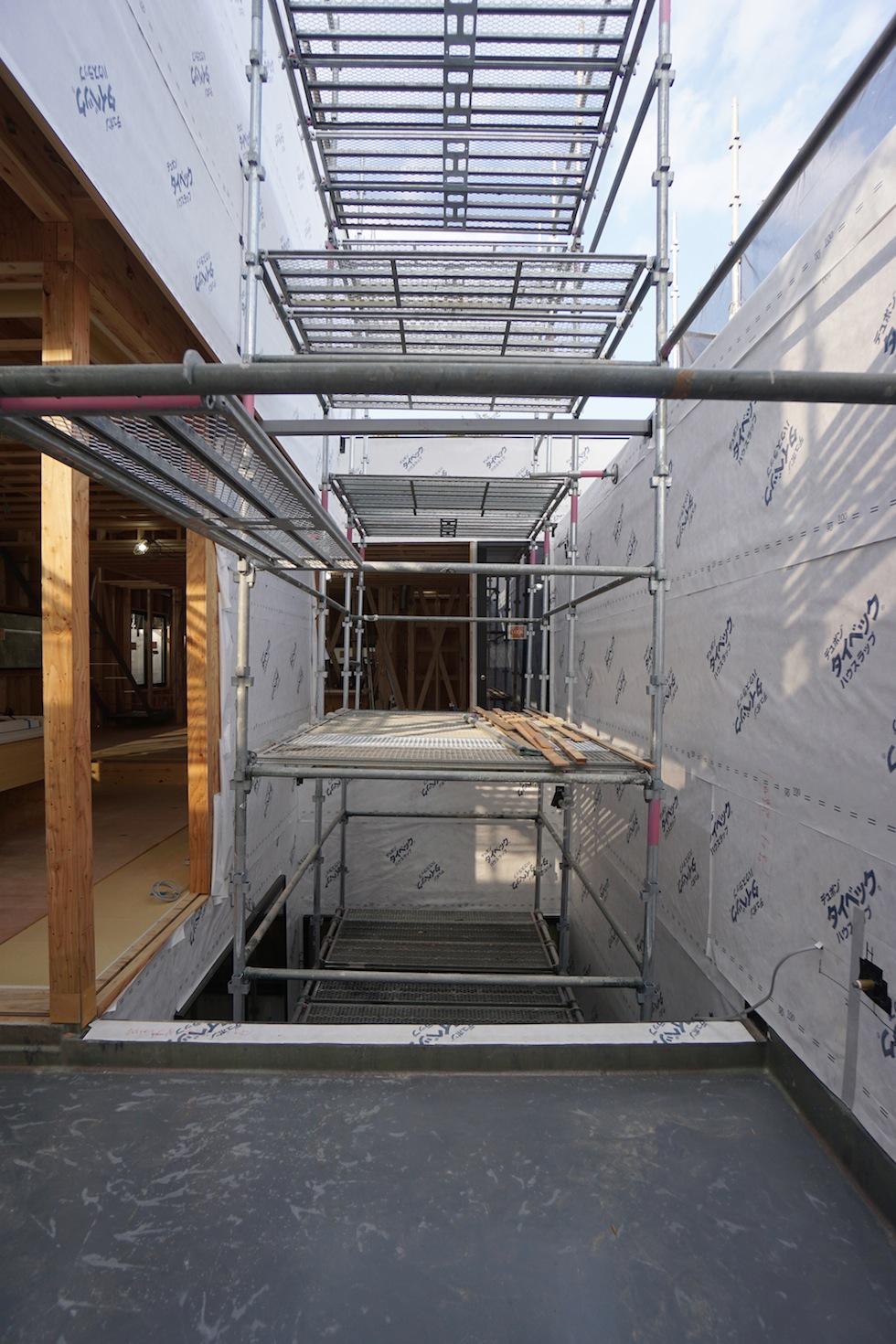 大阪建築家,高級注文住宅設計,豊中,北摂,コートハウス,2階リビング,インナーテラス,コートハウス,中庭の家