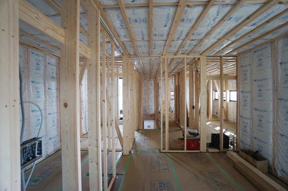 高槻,高級注文住宅設計,建築家,大阪,北摂,コートハウス,吹き抜け,板張り天井,フローリング