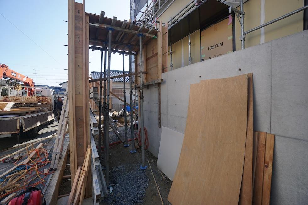 大阪,建築家,高級注文住宅設計,設計事務所のいえづくり,オーダーキッチン,コートハウス,中庭の家,コンクリート塀